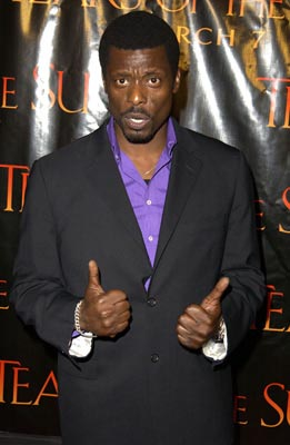 Premiere: Eamonn Walker at the LA premiere of Columbia's Tears of the Sun - 3/3/2003