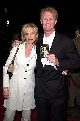 Premiere: Ed Begley Jr., a sneering woman and a picture of a small child at the Hollywood premiere of MGM's Heartbreakers - 3/19/2001