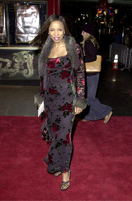 Premiere: Elise Neal at the Hollywood premiere of Universal's The Family Man - 12/12/2000