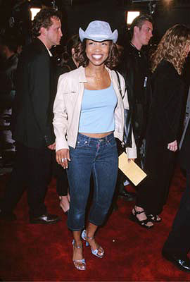 Premiere: Elise Neal at the Westwood premiere of Warner Brothers' Romeo Must Die - 3/20/2001
