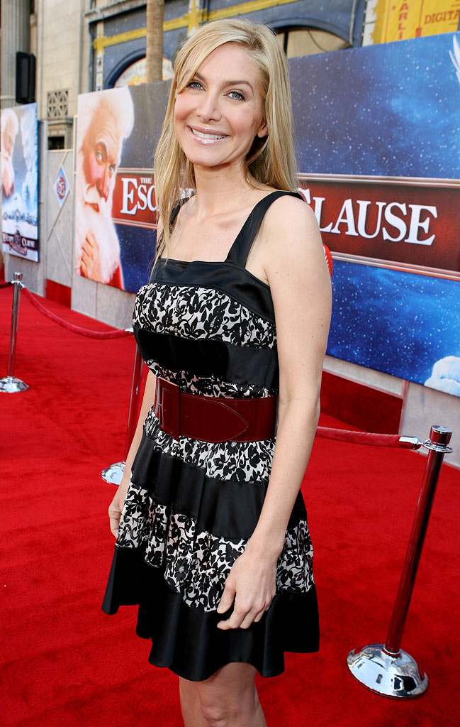 "Elizabeth Mitchell at The Los Angeles Premiere of Walt Disney Pictures' ""The Santa Clause 3: The Escape Clause."""