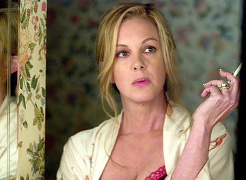 Elizabeth Perkins Showtime's Weeds