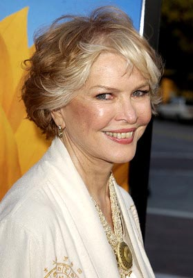 Premiere: Ellen Burstyn at the LA premiere of Divine Secrets of the Ya Ya Sisterhood - 6/3/2002
