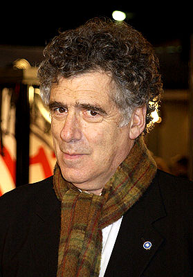 Premiere: Elliott Gould at the Westwood premiere of Warner Brothers' Ocean's Eleven - 12/5/2001