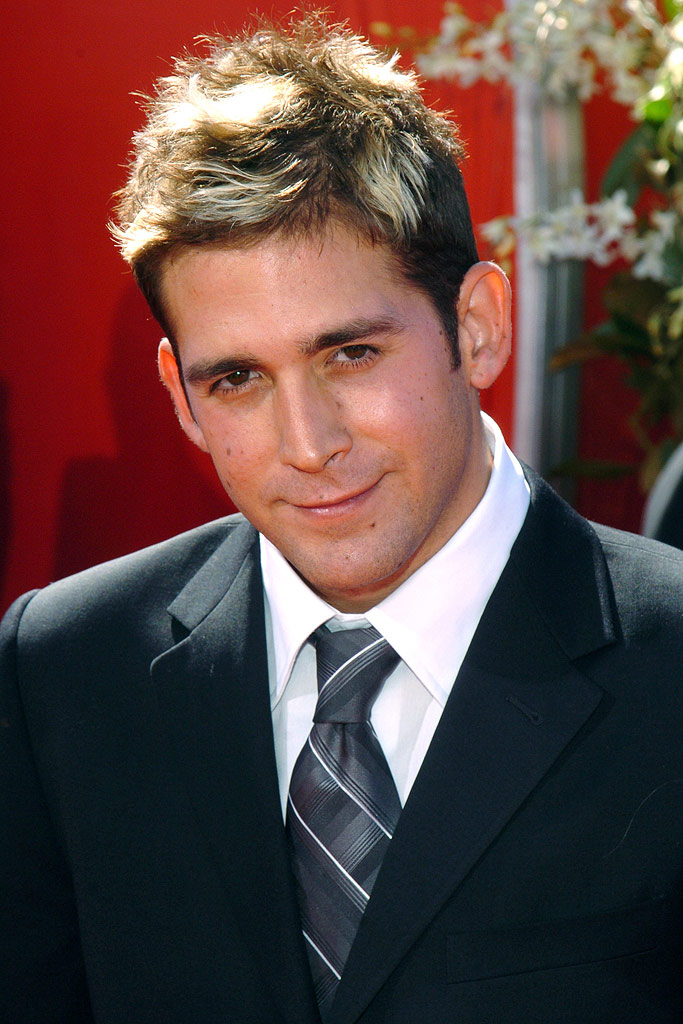 Eric Szmanda at The 56th Annual Primetime Emmy Awards.