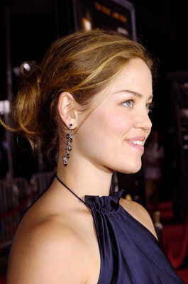 Premiere: Erika Christensen at the LA premiere of Dreamworks SKG's Collateral - 2004