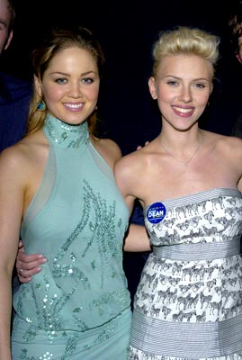 Premiere: Erika Christensen and Scarlett Johansson at the LA premiere of The Perfect Score - 1/27/2004 Lester Cohen, Wireimage.com