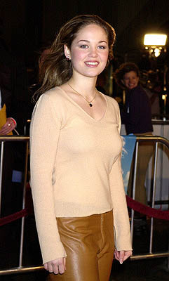 Premiere: Erika Christensen at the Hollywood premiere of Vanilla Sky - 12/10/2001