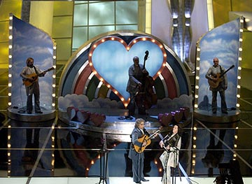 "Eugene Levy and Catherone O'Hara performing ""A Kiss at the End of the Rainbow"" 76th Academy Awards - 2/29/2004"