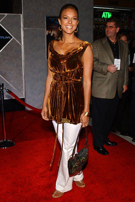Premiere: Eva LaRue at the LA premiere of Touchstone's Flightplan - 9/19/2005
