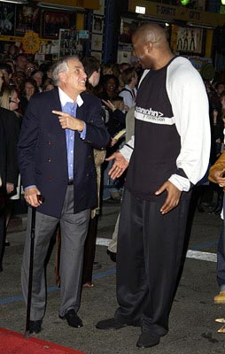 Premiere: Garry Marshall and Magic Johnson at the LA premiere of Touchstone's Bringing Down the House - 3/2/2003