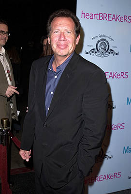 Premiere: Garry Shandling at the Hollywood premiere of MGM's Heartbreakers - 3/19/2001
