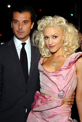 Premiere: Gavin Rossdale and Gwen Stefani at the Hollywood premiere of Miramax Films' The Aviator - 12/1/2004