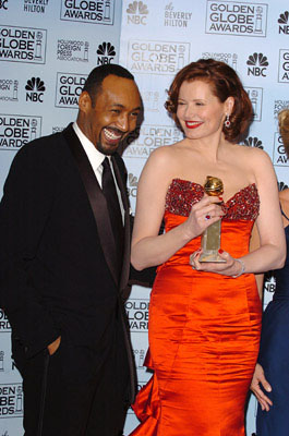 "Jesse L. Martin with Geena Davis Best Actress in a Drama Series - ""Commander-in-Chief"" 63rd Annual Golden Globe Awards - Press Room Beverly Hills, CA - 1/16/06"