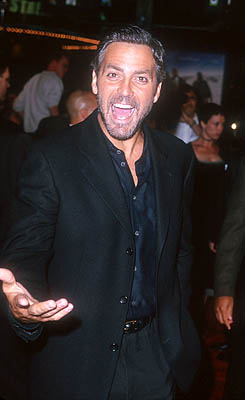 Premiere: George Clooney at the Mann Village Theater premiere of Warner Brothers' Three Kings - 9/27/1999