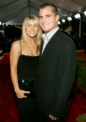 George Eads with guest 31st Annual People's Choice Awards Pasadena, CA - 1/9/05