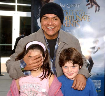 Premiere: George Lopez and kids at the Hollywood premiere of Paramount Pictures' Lemony Snicket's A Series of Unfortunate Events - 12/12/2004