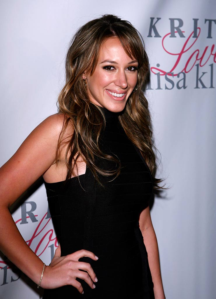 Haylie Duff arrives at the launches of Kritik Clothing at LISA KLINE on April 10, 2008 in Beverly Hills, California.