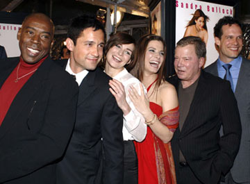 Premiere: Ernie Hudson, Enrique Murciano Jr., Heather Burns, Sandra Bullock, William Shatner and Diedrich Bader at the Hollywood premiere of Warner Bros. Pictures' Miss Congeniality 2: Armed and Fabulous - 3/23/2005