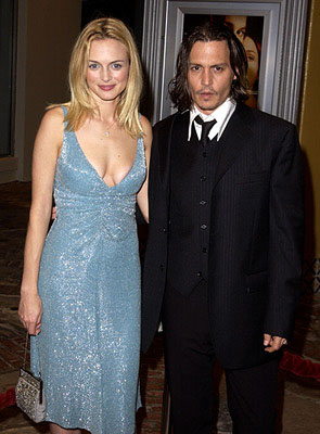 Premiere: Heather Graham and Johnny Depp at the Westwood premiere of From Hell - 10/17/2001