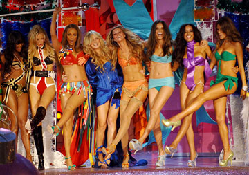 Naomi Campbell, Karolina Kurkova, Tyra Banks, Heidi Klum, Gisele Bundchen, Adriana Lima, Selita Ebanks and Alessandra Ambrosio Victoria's Secret 10th Fashion Show on CBS