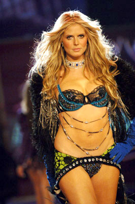 Heidi Klum Victoria's Secret 10th Fashion Show on CBS