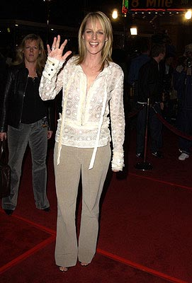 Premiere: Helen Hunt at the LA premiere of Universal's 8 Mile - 11/6/2002