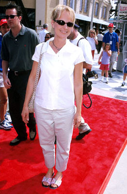 Premiere: Helen Hunt at the Orange County premiere of Disney's The Kid - 6/25/2000
