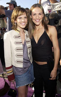 Hilary Swank and Jennifer Garner MTV Movie Awards 6/1/2002