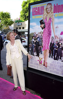 Premiere: Holland Taylor at the Westwood premiere of MGM's Legally Blonde - 6/26/2001