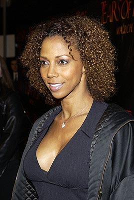 Premiere: Holly Robinson Peete at the LA premiere of Columbia's Tears of the Sun - 3/3/2003