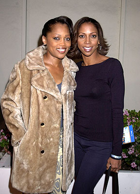 Premiere: Theresa Randle and Holly Robinson Peete at the Hollywood premiere of Fox Searchlight's Kingdom Come - 4/4/2001