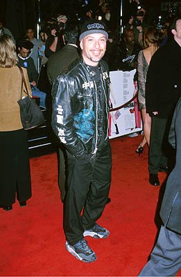 Premiere: Howie Mandel at the Hollywood premiere of Warner Brothers' Miss Congeniality - 12/14/2000