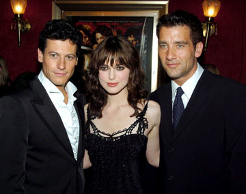 Premiere: Ioan Gruffudd, Keira Knightley and Clive Owen at the New York premiere of Touchstone Pictures' King Arthur - 6/28/2004