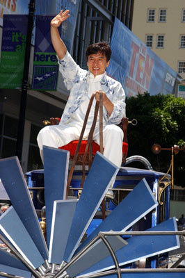 Premiere: Jackie Chan at the Hollywood premiere of Walt Disney's Around the World in 80 Days - 6/13/2004