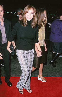 Premiere: Jaclyn Smith at the Mann's Chinese Theater premiere of Columbia's Charlie's Angels - 10/22/2000