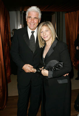 James Brolin and Barbra Streisand The 77th Annual Academy Awards - Governors Ball Hollywood, CA - 2/27/05