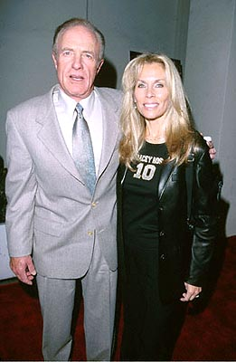 Premiere: James Caan with woman at the Beverly Hills premiere of Miramax's The Yards - 10/18/2000