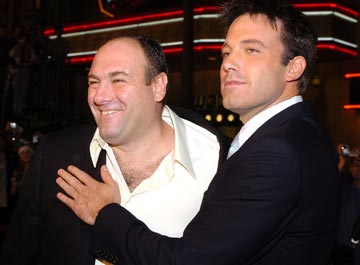 Premiere: James Gandolfini and Ben Affleck at the Hollywood premiere of Dreamworks' Surviving Christmas - 10/14/2004 Photos: Lester Cohen, WireImage.com