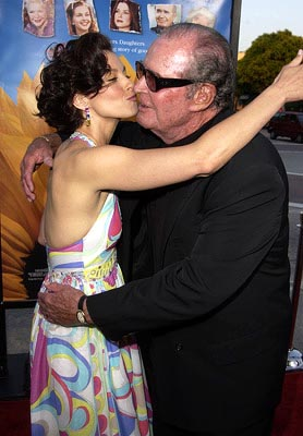 Premiere: Ashley Judd and James Garner at the LA premiere of Divine Secrets of the Ya Ya Sisterhood - 6/3/2002