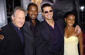 Premiere: Director Michael Mann, Jamie Foxx, Tom Cruise and Jada Pinkett-Smith at the LA premiere of Dreamworks SKG's Collateral -2004