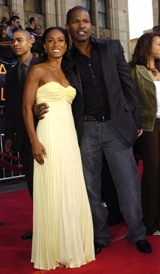Premiere: Jada Pinkett Smith and Jamie Foxx at the LA premiere of Dreamworks SKG's Collateral -2004