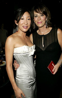 Sandra Oh and Jane Kaczmarek Governor's Ball Emmy Awards - 9/18/2005
