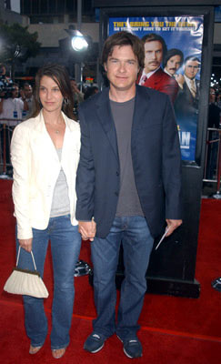 Premiere: Jason Bateman and wife Amanda Anka at the Hollywood premiere of Dreamworks' Anchorman - 6/28/2004