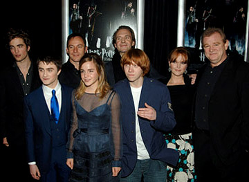 Premiere: Robert Pattinson, Daniel Radcliffe, Jason Isaacs, Emma Watson, Ralph Fiennes, Rupert Grint, Miranda Richardson and Brendan Gleeson at the NY premiere of Warner Bros. Pictures' Harry Potter and the Goblet of Fire - 11/12/2005