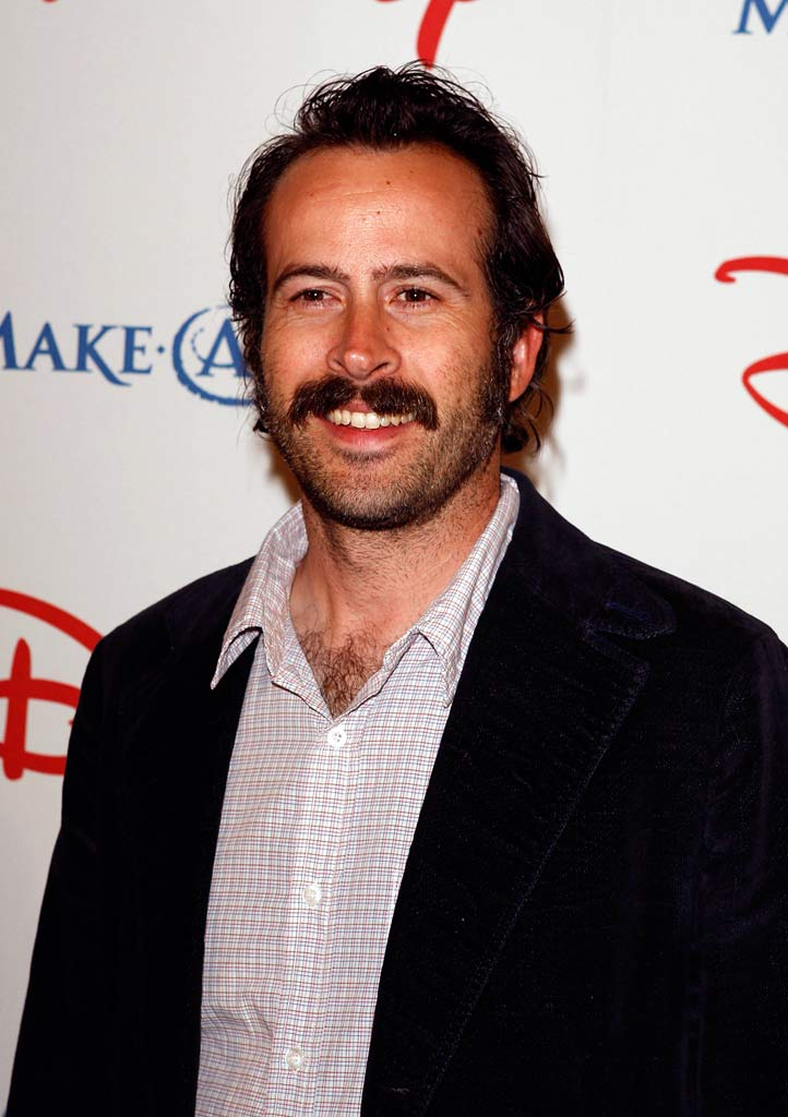 Jason Lee poses at the Wish Night 2007 Awards Gala.