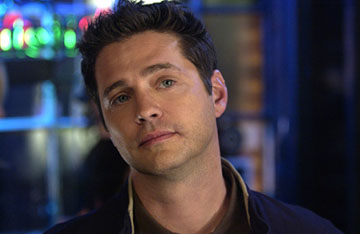 "Jason Priestley as Mike Freed CBS' ""Love Monkey"""