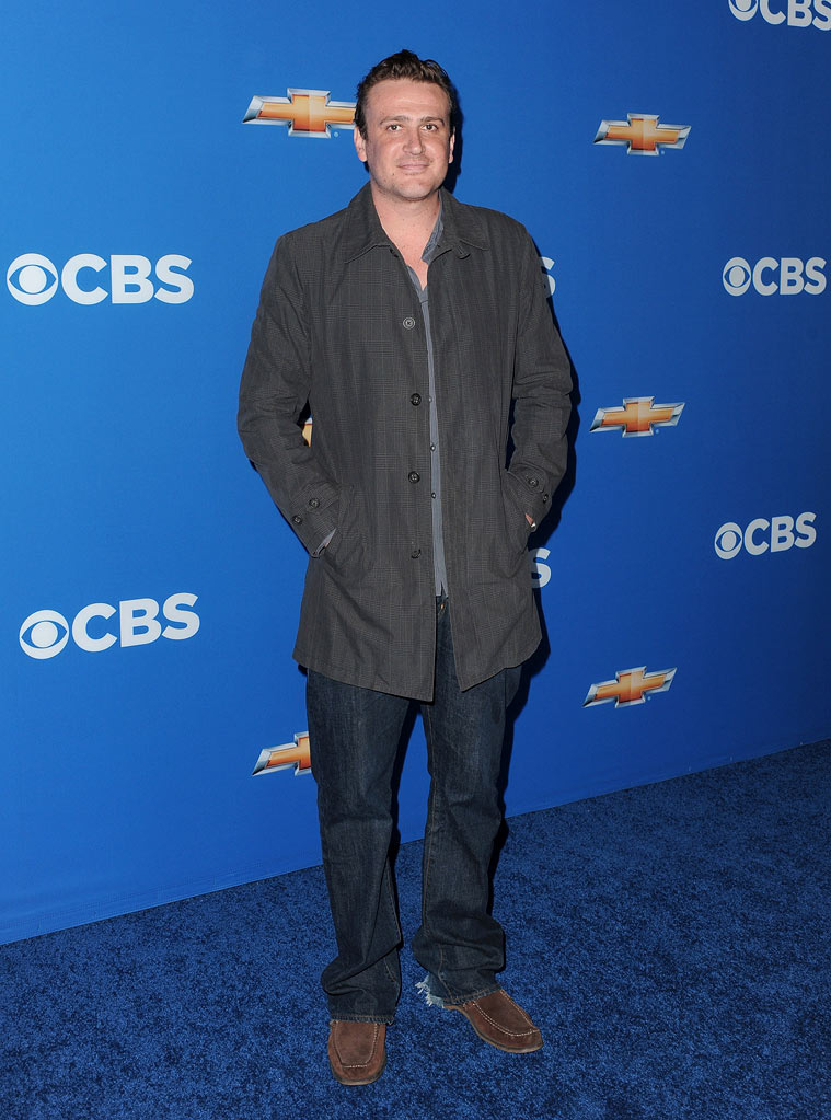 "Jason Segel of ""How I Met Your Mother"" arrives at the CBS Fall Season Premiere party at The Colony on September 16, 2010, in Los Angeles."