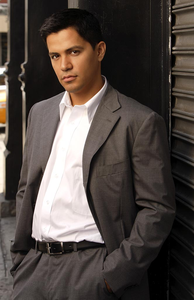 Jay Hernandez stars as Carlos in Six Degrees on ABC.