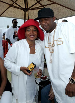 Premiere: Jenifer Lewis and Ja Rule at the Miami premiere of Lions Gate's The Cookout - 8/28/2004